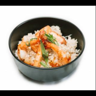 Рис с креветками и лососем.